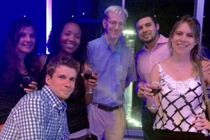 Habla Ya Spanish students hanging out at bar in Panama City