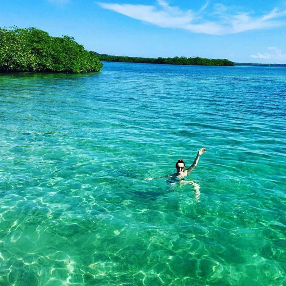 Habla Ya Spanish Student chilling out in the Caribbean Sea by the mangroves in Bocas del Toro, Panama