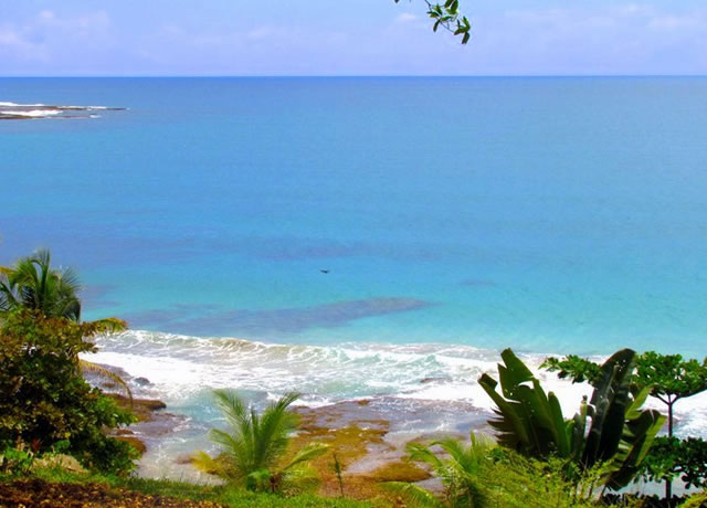 View of Paunch Beach in in Bocas del Toro, Panama