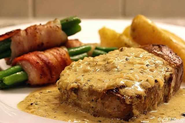 Peppercorn steak | YUMMY | Pinterest
