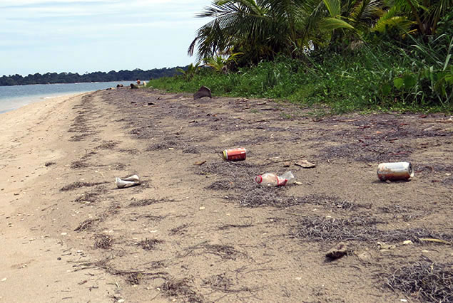 Arriving to a beautiful beach and finding it littered with trash is not the most welcoming sight