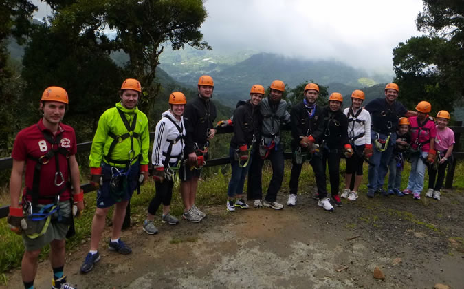 Even if you're going by yourself, it's really easy to get to know the rest of the group as you all will be facing the same challenges. As an Habla Ya student, you'll easily be able to convince a couple of classmates to join you for this adventure!