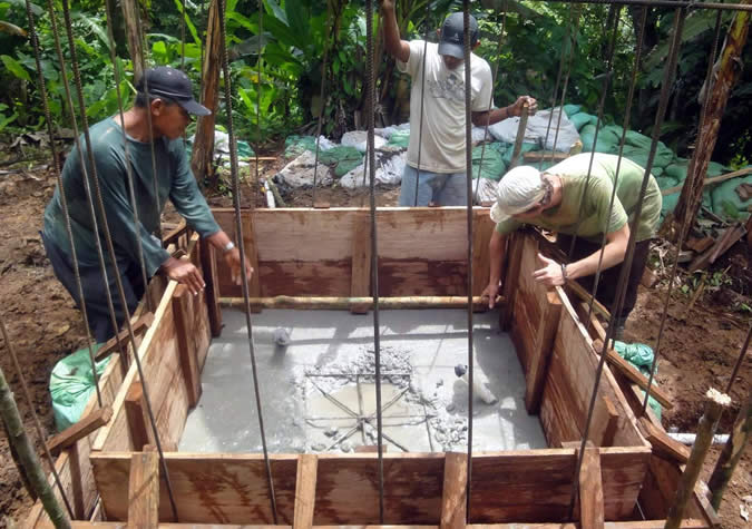 Luckily there is some good news from MIVIOT. They are donating $2 million to individuals in the Comarca to invest in better roofs (think zinc sheets instead of palm fronds) and flooring (think cement instead of dirt).