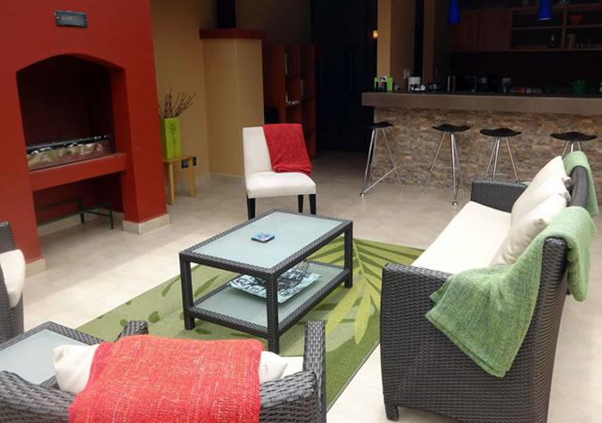 Fireplace and bar at Casa de Montaña