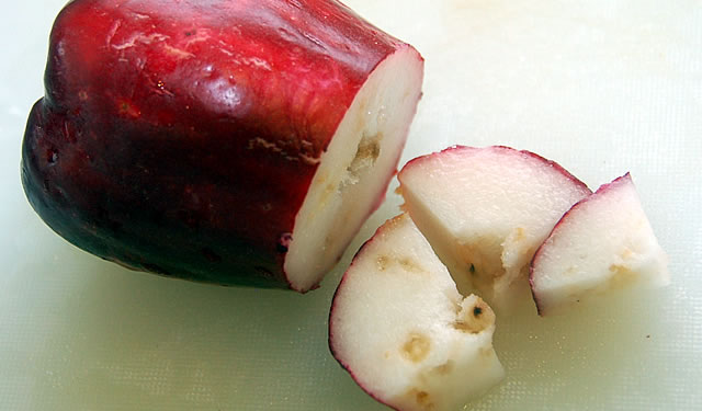 Panama S Top 5 Weirdest Healthiest Most Delicious Fruit