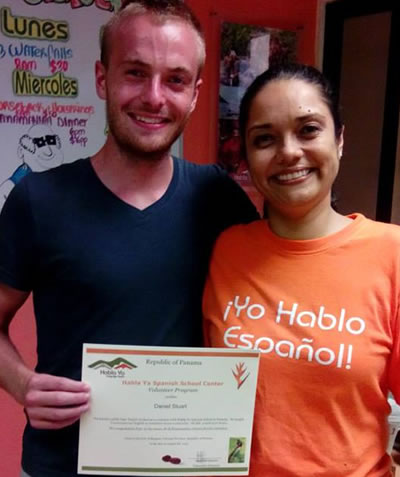 Volunteer with Maritza, Habla Ya Boquete's Volunteer Director