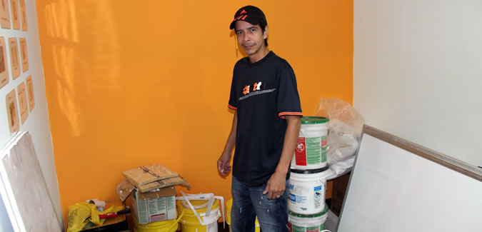 Erick, almost single handed, has lead all the tasks to remodel each of the office spaces we have in Boquete, Bocas and Panama City, and transformed them into the Spanish Schools you see today.