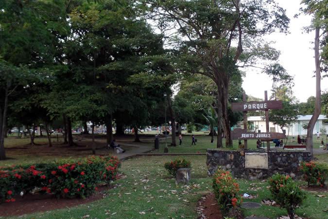 Entrance of Benito Juárez Park in El Carmen, Panama City